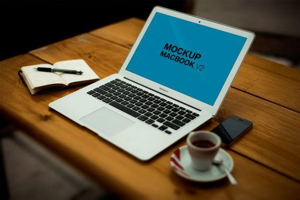free-mockup-macbook-psd-V2