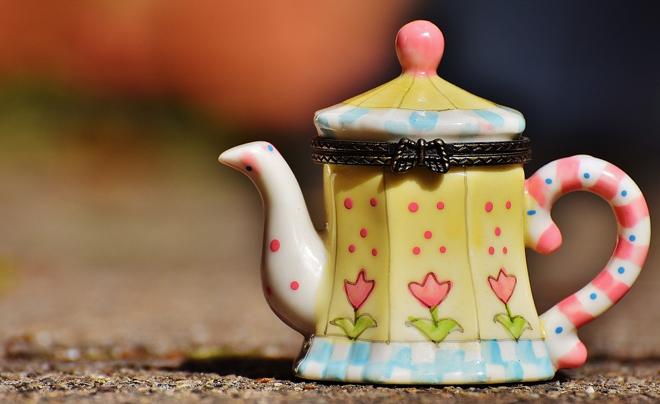 teapot-free-illustration