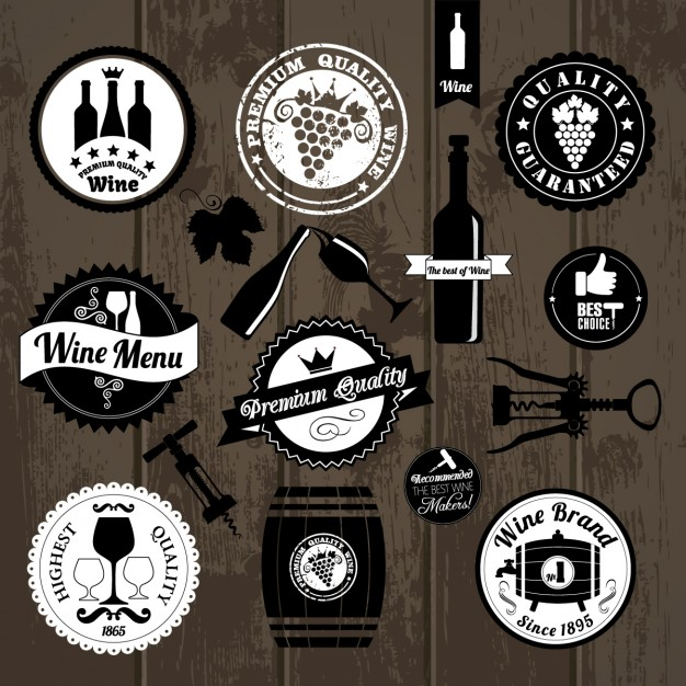 Kitchen badges on wood Free Vector